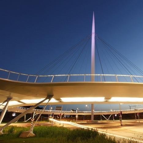 Circular Hovering Bridge | Led Screen & lighting | Scoop.it