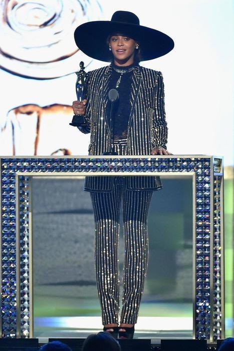 Vogue Paris: Beyoncé, Marc Jacobs, Brandon Maxwell... Qui sont les gagnants du Council of Fashion Designers of America (CFDA) ?  http://voguefr.fr/1XzMZxa | Infos Mode, Beauté , VIP, ragots, buzz ... | Scoop.it
