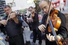La música clásica toma la calle de las capitales canarias contra los ... - Canarias 7   Música Clásica - Coro Rorate Caeli   Scoop.it
