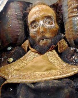 La momia de Prim presenta heridas de estrangulamiento | L'Antoxana de Babí | Scoop.it