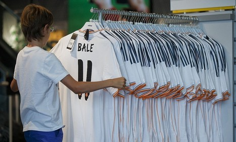 Ozil shirt sales are oustripping Bale by 5:1 | SportBusiness | Scoop.it