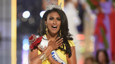 Mr Perfect admired by Miss America | entertainment | Scoop.it