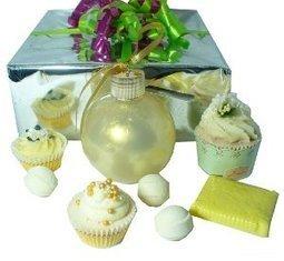 Coffret Cadeau Très Or - L'Accro du Bain | L'Accro du Bain boutique de produits pour le bain et savons gourmands:boule de bain, savons de Marseille,savon artisanal,cupcake de bain, savons cupcakes | Scoop.it
