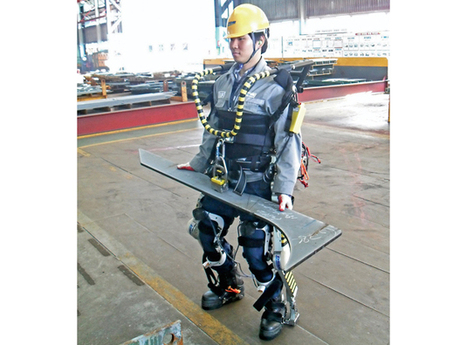 Robotic exoskeletons give dock workers superhuman lifting abilities | technological unemployment | Scoop.it