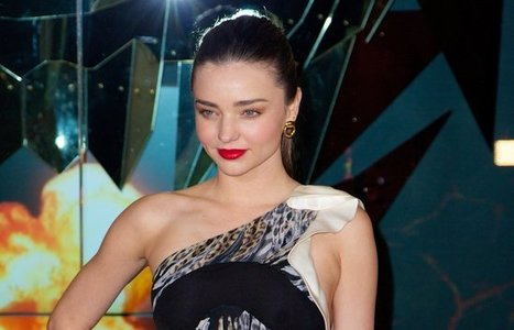 Miranda Kerr's Family Drama - Has Lost Contact With Her Parents!!! | Hollywoodneuz | Scoop.it