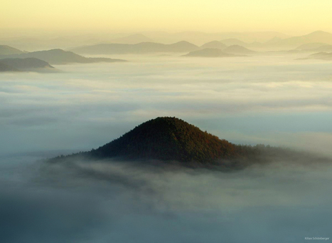 Foggy European Landscapes at Sunrise Photographed by Kilian Schönberger | Interesting Photos | Scoop.it