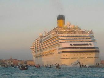 venezia blog: The Big Ships Won't Go Away | Venezia e traslochi | Scoop.it