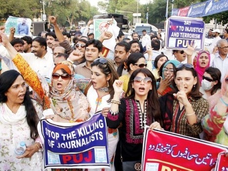 Seminar: Women journalists demand review of working conditions - The Express Tribune | Women in Sports Journalism | Scoop.it