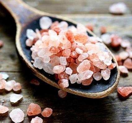 Sale rosa dell'Himalaya: ecco come usarlo in casa, per la salute e per la bellezza! | Alimentazione Naturale, EcoRicette Veg e Vegan | Scoop.it