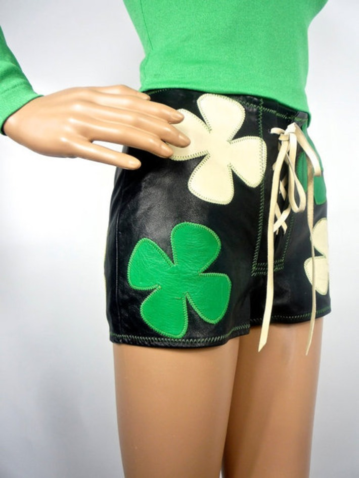OMG Must See: 70s Applique Leather Hotpants | Kitsch | Scoop.it