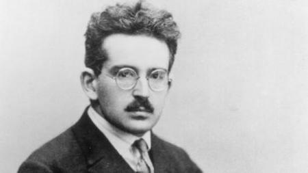 Walter BENJAMIN'S Philosophical Thought Presented by Two Experimental Films | Le BONHEUR comme indice d'épanouissement social et économique. | Scoop.it