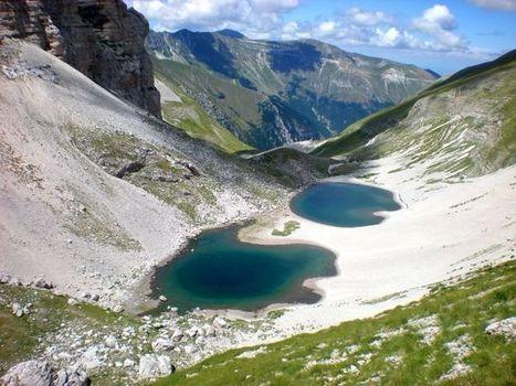 Il lago di Pilato, situato nel Parco dei Monti Sibillini nelle Marche | Le Marche un'altra Italia | Scoop.it