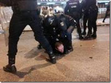 Esta es su democracia: Régimen policial y prohibiciones para impedir las protestas contra la coronación del nuevo Borbón | argentina | Scoop.it