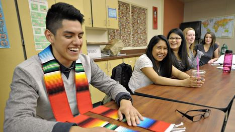 States Are Recognizing And Rewarding Students Who Have Bilingual Skills - Fox News Latino   English Learners, ESOL Teachers   Scoop.it