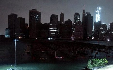 NYC Goes Dark: 10 Eerie Photos of the Hurricane Blackout | It's Show Prep for Radio | Scoop.it