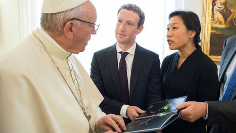 Quand Mark Zuckerberg rencontre le Pape, il lui offre un drone | Drone | Scoop.it