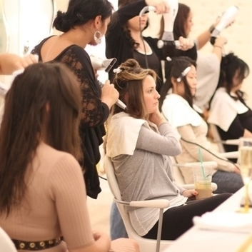 """Drybar: How One Woman And A Hair Dryer Became A $20 Million Operation 