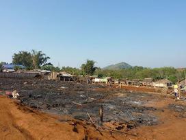Birmania Libre: Colabora Birmania: un incendio destroza la Comunidad del Km 44. | The Blog's Revue by OlivierSC | Scoop.it