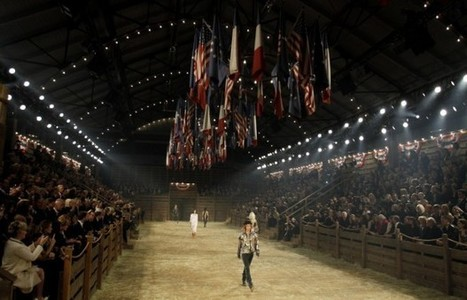 Inside Chanel's exclusive Dallas runway show: 1000 celebrities, supermodels ... - Dallas Morning News | brand influencers social media marketing | Scoop.it