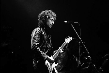 Bob Dylan a fêté son Nobel en reprenant sa guitare - Les Inrocks | Bruce Springsteen | Scoop.it