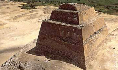 Meidum Pyramid site under restoration in Upper Egypt - Ancient Egypt - Heritage - Ahram Online | Egyptology and Archaeology | Scoop.it