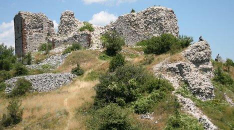 Monténégro : la ville médiévale de Svač va-t-elle enfin livrer ses secrets ? - Le Courrier des Balkans | Merveilles - Marvels | Scoop.it