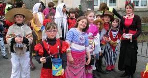 Sarrancolin. Carnaval traditionnel pour l'école bilingue - La Dépêche | Vallée d'Aure - Pyrénées | Scoop.it