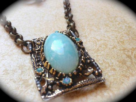 Vintage Robins egg necklace   vintage jewelry   Scoop.it