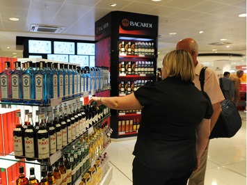 Don't drink and fly... | Travel Retail | Scoop.it
