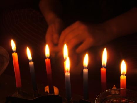 Festive Hanukkah Gifts - My Pop Corn Kitchen   Celebrations!   Scoop.it