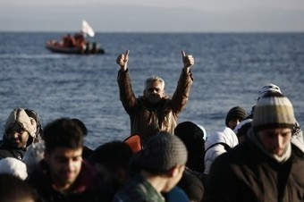 NATO ships to combat migrant-smuggling networks in Aegean | How will you prepare for the military draft if U.S. invades Syria right away? | Scoop.it