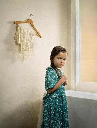 Έλληνας φωτογράφος σαρώνει τα διεθνή βραβεία με μοντέλο την 4χρονη κόρη του! Τι λέει στο TLIFE - Tlife.gr   art   Scoop.it