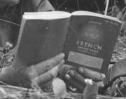"Qu'est-ce que le ""French phrase book"" ? 