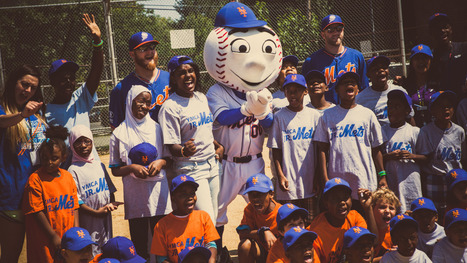 A Day in the Life of Mr. Met, New York's Hardest-Working Mascot - RollingStone.com | Mascots in the news | Scoop.it