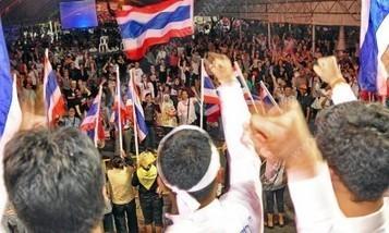 นักวิเคราะห์ ลั่นการเมืองฉุดเศรษฐกิจไทย - ไทยรัฐ | new | Scoop.it