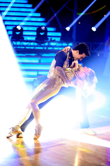 'Dancing With the Stars' Recap: D.J. Freestyles - Hollywood Reporter | CLOVER ENTERPRISES ''THE ENTERTAINMENT OF CHOICE'' | Scoop.it