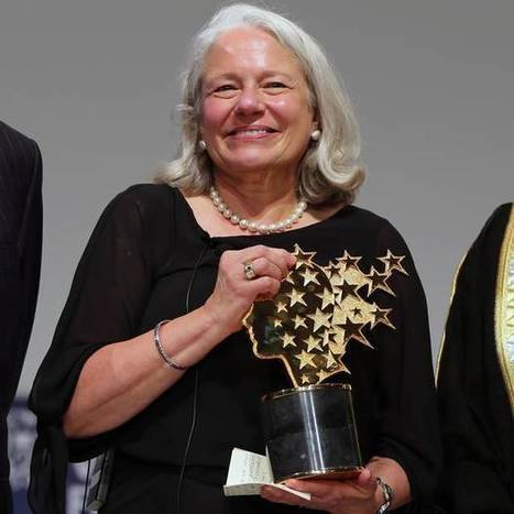 English teacher named 'best in the world' donates $1m prize – to her school   AdLit   Scoop.it