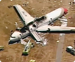 Exclusive: San Francisco jetliner crash caused by airlines turning pilots into 'computer geeks who can't fly' says commercial pilot | Commodities, Resource and Freedom | Scoop.it