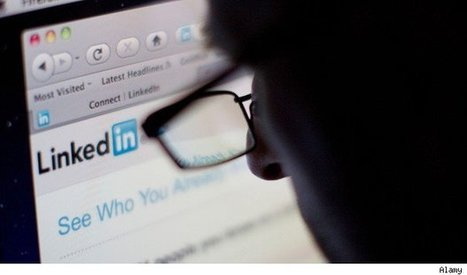 Smarter Ways For Job Hunters To Use LinkedIn   LinkedIn Groups for WordPress   Scoop.it