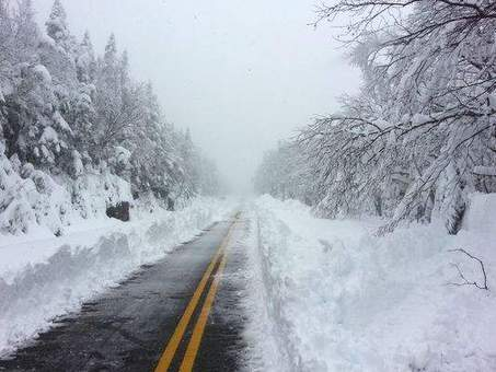 Memorial Day mess: 3 feet of snow falls in upstate New York   Annie Haven   Haven Brand   Scoop.it