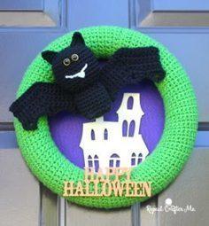 Crochet Halloween Bat Wreath by Repeat Crafter Me - Crochet Pattern Bonanza | Free Crochet Patterns | Scoop.it