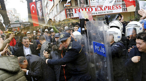 Turkish police pepper spray supporters of 2 prominent journalists arrested for 'treason' | Saif al Islam | Scoop.it