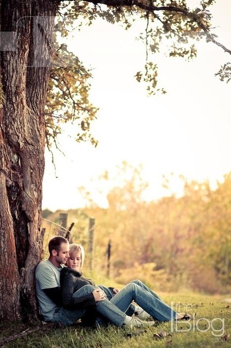 romantic photo shoot ideas - fall photo shoot ideas