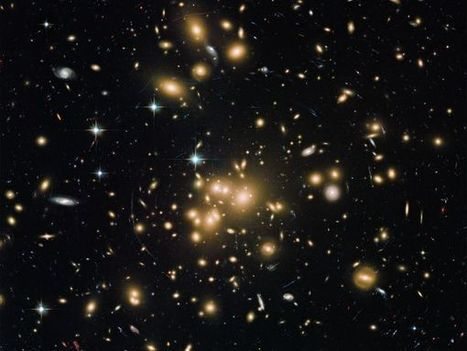 Astronomers Find a Dusty Galaxy That Shouldn't Exist | historian: science and earth | Scoop.it