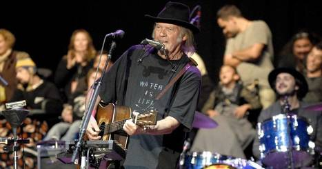 Neil Young Preps New Album 'Peace Trail' - Rolling Stone | Bruce Springsteen | Scoop.it