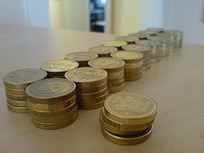 Blir man lycklig av pengar? Kan man bli lyckligare av att köpa saker? | psykologi kurs 1 i gymnasiet i petalax | Scoop.it
