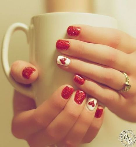 Christmas nails design 19 – Picturing Images | Fashion Home decor Tattoos Beauty Pictures | Scoop.it