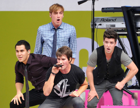 POLL: What If…Big Time Rush Were Backup Singers for Justin ... | Reckley Big Time Rush | Scoop.it