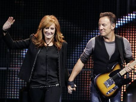 Bruce Springsteen, Patti Scialfa rock  the Wonder Bar - Asbury Park Press | Bruce Springsteen | Scoop.it