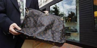 La contrefaçon des produits de luxe monte en gamme | Chaussures tendances ! | Scoop.it